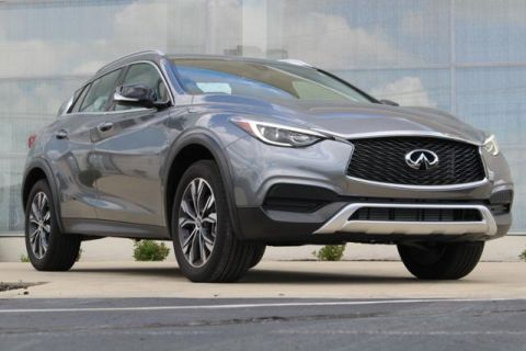 New 2018 INFINITI QX30 LUXURY AWD